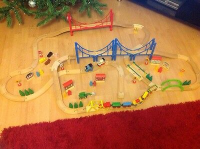 Large Wooden Train Railway Set With 3 Thomas Trains And Lots Of Extras