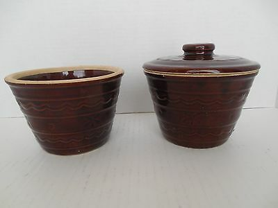Marcrest grease pots (2) with one lid;Dot and Daisy pattern