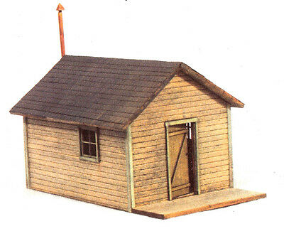 6079 Miner's Cabin Kit with Stove Pipe Chimney O/On3/On30 by Banta Model Works