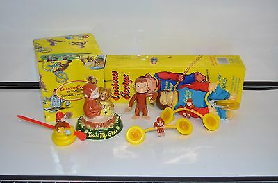 Lot Of Curious George Figurines / Figurine