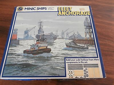 TRIANG  MINIC SHIPS  No 904 FLEET ANCHORAGE  mint set