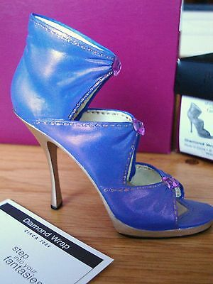 Just The Right Shoe - Diamond Wrap #25458