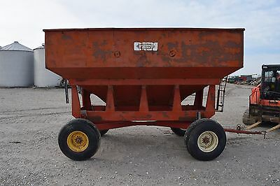 Schultz Gravity Grain Wagon