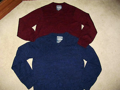 New Lot of 2 Boys Size XL 14 Long Sleeve Pullover Sweaters Solid V-Neck Blue Red