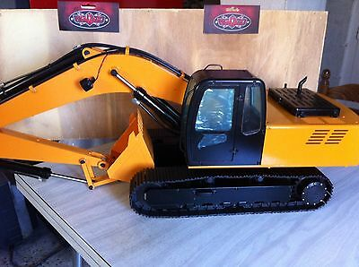 RC4WD 1/12 Scale Earth Digger 4200XL Hydraulic Excavator (RTR / Version 2.0)