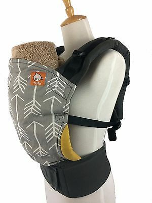 TULA BABY CARRIER ARCHER Standard FRONT BACK Arrows LIMITED PRINT Hood Ergonomic
