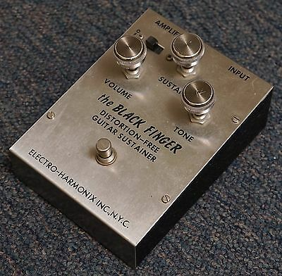 Electro-Harmonix the BLACK FINGER Distortion-Free Guitar Sustainer. Triangle. V1
