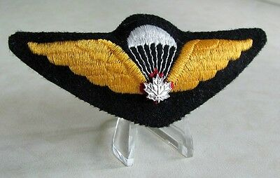 Canadian Airborne Parachutist Parawing White Silver Leaf Wing Old Style