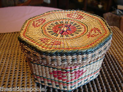 Old Hand Crafted Pacific Northwest Indian Octagon Cvrd Basket Colorful Geometric