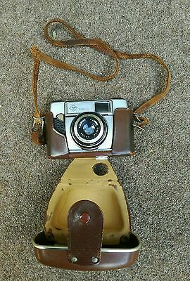 Vintage AGFA Sillete 1, 35mm Viewfinder Camera with case.