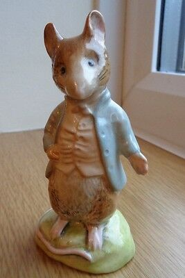 Beswick Beatrix Potter  Johnny Townmouse Figure Gold Oval Backstamp