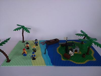 Lego Pirate theme bundle. Mixture of genuine Lego from different eras
