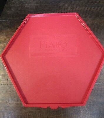 """The Piatto bakery box red holds One 10"""" round double layer cake or cupcakes"""