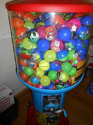 ball vending machine great condition with loads of stock