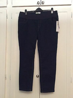 new look maternity jeans 16