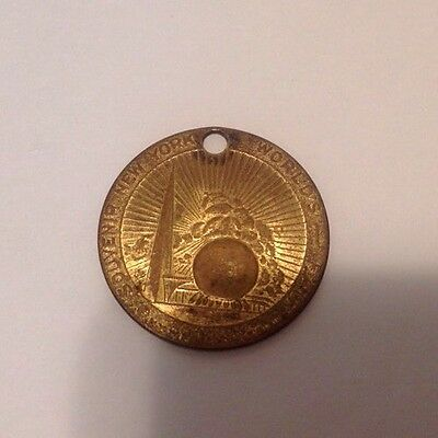 NEW YORK WORLD's FAIR Token with STATUE OF LIBERTY