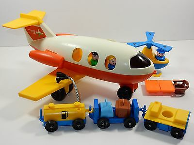 Fisher Price Little People 1980 Airport #2502 Accessories