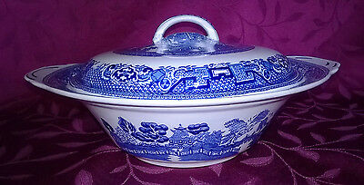 vintage blue willow Woods Ware lidded tureen WOOD & SONS