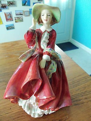 Royal Doulton Figurine Top o'the Hill