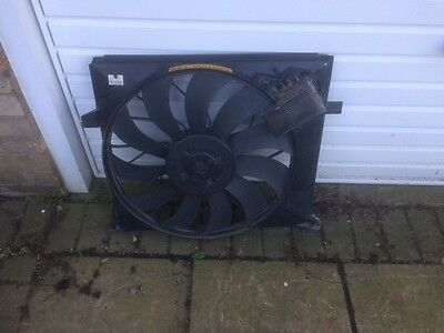 ** Bargin Price** Medcedes-Benz Ml Class W163 270 Cdi Radiator Cooling Fan Unit