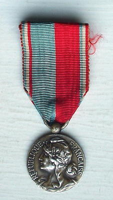 MUSICAL SOCIETY MEDAL OF HONOUR, 1920/30s, FRENCH, SILVERED BRONZE, VG cond