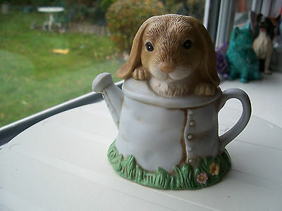 """1999 """"bunny Buddies"""" Rabbit In Watering Can Figurine Home Interiors & Gifts Vgc"""