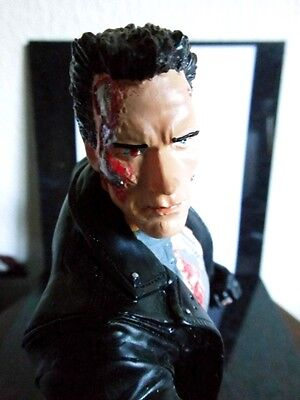 Terminator - Arni - Figur - Action - Fantasie - Resin
