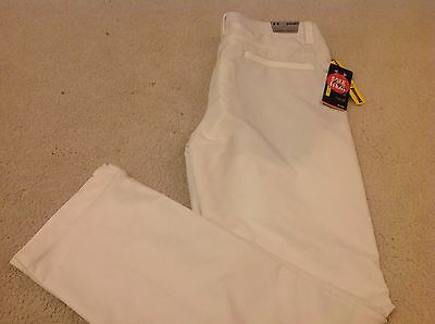 """UA. Under Armour Golf Trousers.BNWT,White. 34"""" x 34"""".seconds."""