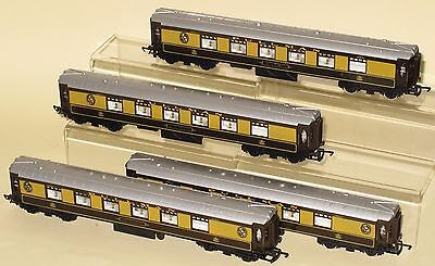 Hornby Railways Margate OO Gauge Rake 4 x Pullman Coaches EXCELLENT TO NEAR MINT