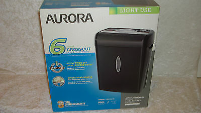 Brand New! Aurora 6 Sheet Crosscut Paper & Credit Card Shredder Wm675Xb