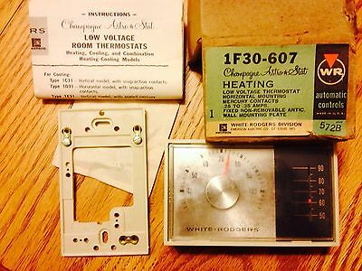 Vintage WHITE RODGERS 1F30-607 Champagne Astro Stat Heating Thermostat, NIB