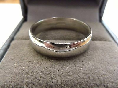 Platinum Court Shaped Wedding Band Size Q  6.9 grams