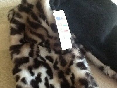 claires hat/scarf/gloves all in one bnwt