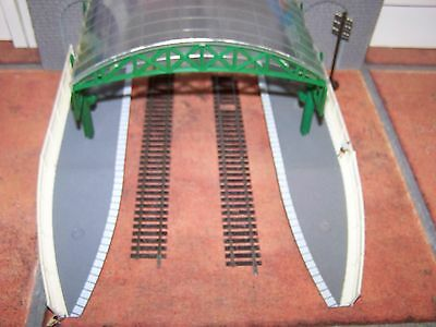Hornby ~ Station Over Roof Canopy (green), platforms, ends & listed items ~ OO