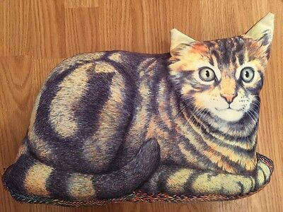 "Vintage Cat On A Rug Plush Decor Pillow 17"" Rare Find"