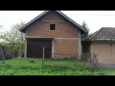 two houses(11 rooms) with big plot of land in the village of Galiche near Vratza