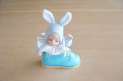 Keepsake ~ Musical Baby In A Baby Shoe - Blue
