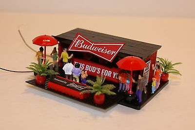 Ho Scale Slot Car Scenery / Accessory / Trackside Budwieser Beer Stand ,,LIGHTED