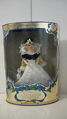 1998 BARBiE HOLIDAY PRINCESS SNOW WHITE doll with ornament