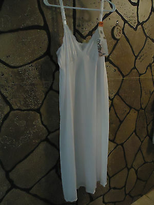 =NWT= Women's Full Long Slip Vintage