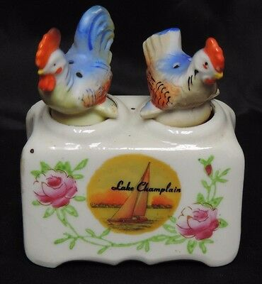 Vintage Chicken Nodder Salt Pepper Shakers Bobbleheads Souvenir Lake Champlin