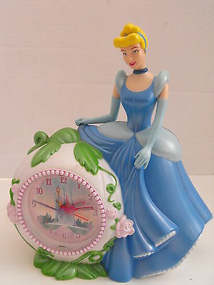 Disney Cinderella Battery Opperated Clock & Bank