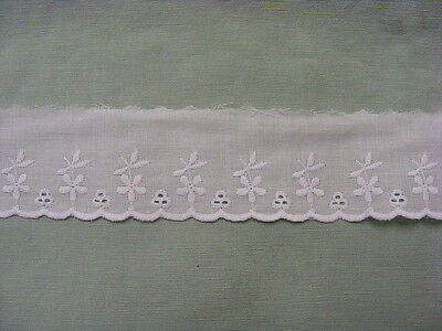 Broderie Anglaise Flat Lace  White 10 meters (2911)