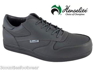 Lawn Bowls Shoes - Henselite  Victory Lawn Bowl Trainers.