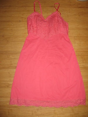 Vintage Vanity Fair Full Slip Hot Pink Color Size 34