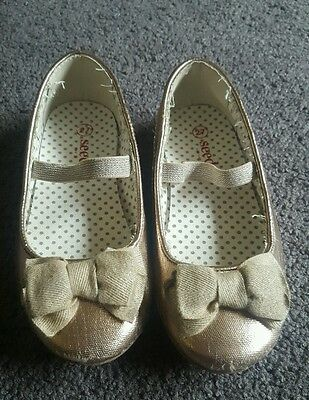 Seed shoes girls flats size 27