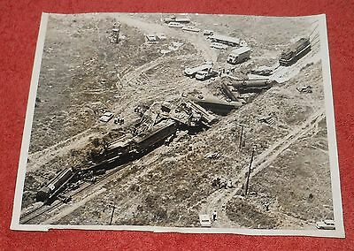 Original Vintage Photograph~ 1972 Train  Railway Accident Disaster Robertson Nsw