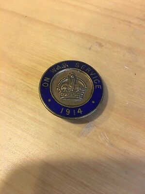 On War Service 1914 Round Enamel Badge