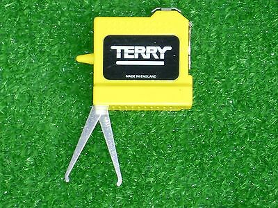 Terry Bowls measure with callipers.
