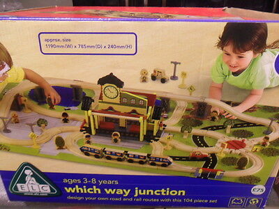 ELC Which Way Junction Wooden Railway Train Set Brio & Thomas Compatible Boxed!